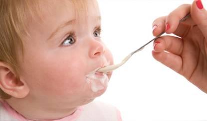 Alimentos frios podem aliviar o incômodo dos bebês.